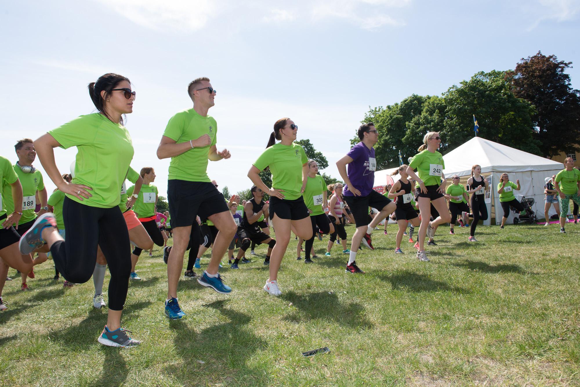 Alzheimerloppet är ett motionslopp som anordnas för att uppmärksamma Alzheimers sjukdom och samla in pengar till forskningen.